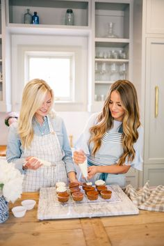 Gal Meets Glam Cooking Contributor Series: 3 Delightful Dessert Ideas For Easter - carrot cake cupcakes with cream cheese frosting