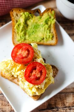 Egg Tomato and Avocado Sandwich with Spicy Yogurt Spread