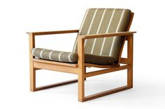 Børge Mogensen #2256 Fredericia Oak Lounge Chair - Click for more images