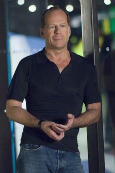 Still of Bruce Willis in Perfect Stranger (200