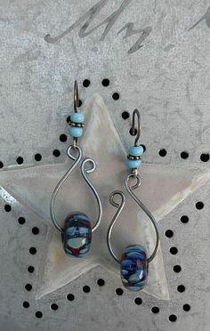 lynda-carson-lampwork-ear-candy