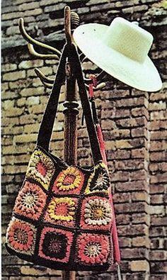 granny-squares-crochet-a-shoulder-tote