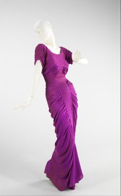 La Sirene / Charles James / Silk, 1939 / Brooklyn Museum Costume Collection at the Metropolitan Museum of Art.