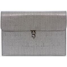 Alexander McQueen Skull Envelope Clutch (1,995 PEN) ❤ liked on Polyvore featuring bags, handbags, clutches, silver, envelope clutch, skull clutches, alexander mcqueen clutches, alexander mcqueen and skull handbag
