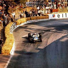 1,509 отметок «Нравится», 3 комментариев — History of Speed© (@history_of_speed) в Instagram: « Denny Hulme at the 1966 Monaco GP in his Brabham Photographer Unknown #formula1 #f1 #monaco…»