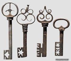Old Keys/Old Keys-0010.jpg