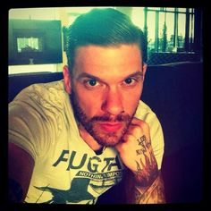 Shinedown-Brent Smith....OMG!