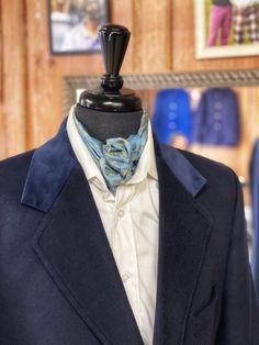 gorgeous navy velvet collar on a bespoke overcoat Bespoke Clothing, Perfume Bottles, Velvet, Navy, Clothes, Hale Navy, Outfits, Clothing, Kleding
