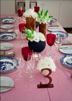 Fine Red and White Stripe Red Color Schemes, Red And White Stripes, Table Settings, Table Decorations, Home Decor, Decoration Home, Room Decor, Place Settings, Dinner Table Decorations