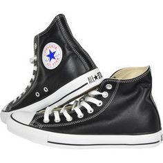 Trebuie sa ai aceasta pereche de pantofi sport Converse din piele care are design-ului unor tenisi ALL STAR. Ai acelasi look, insa ii poti purta si in alte sezoane si ii cureti mai usor si rapid. La fel ca modelul pentru tenisi acestia sunt prevazuti cu doua perforatii laterale pentru respirabilitate si au emblema Converse cusuta in partea de sus.
