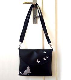 Special one for Eva #butterfly #cat #motýl #kočka #černá #handbag #kabelka #eatmefashion Heart Of Europe, Bag Accessories, Shoulder Bag, Bags, Fashion, Handbags, Moda, Fashion Styles, Shoulder Bags