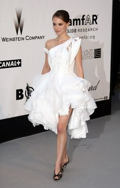 Natalie Portman vestida de Dionr. Festival de Cannes 2008