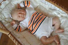 vintage baby luierpakje gebreid jaren 70 newborn retro reborn new old stock nieuw door Smufje op Etsy