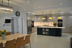 Kitchen island l shaped dishwashers Ideas for 2019 Open Plan Kitchen Dining Living, Kitchen Floor Plans, Kitchen Island With Seating, Backsplash For White Cabinets, Kitchen Cabinets In Bathroom, Kitchen Flooring, Grey Kitchens, Cool Kitchens, Kitchen Utensils Store