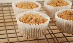 vegan, fat-free zucchini muffins. -happyherbivore [made these- replaced applesauce with banana: perfect].