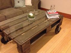 Upcycled Pallet Coffee Table | 101 Pallets