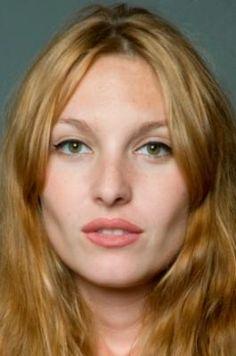 the model. Josephine de la Baume.