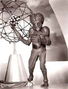 This Island Earth 1955 directed by Joseph M. Newman and Jack Science fiction Science Fiction, Fiction Movies, Cult Movies, Scary Movies, Leave In, Fantasy Movies, Sci Fi Fantasy, Aliens, Classic Sci Fi Movies