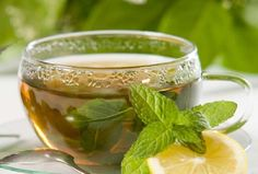 Herbal Tea vs Tisane – What Is The Difference? Stevia, Home Remedies, Natural Remedies, Natural Treatments, Herbal Remedies, Infusion Bio, Green Tea Benefits, Peppermint Tea, Best Tea
