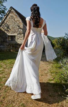 Paris Atelier, Batiste, Style Empire, Limousin, Creations, Wedding Dresses, Unique, Fashion, Dress Ideas