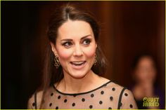 Kate Middleton's Pregnancy Fashion Has Been So On Point! | kate middletons pregnancy fashion is so on point 03 - Photo