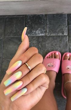You might have seen the tie-dye nail art trend on Kylie Jenner — who matched it with her toe rings to evoke the most intense sense of & nostalgia Best Acrylic Nails, Summer Acrylic Nails, Acrylic Nail Designs, Coffin Acrylic Nails Long, Summer Nails, Ongles Tie Dye, Tie Dye Nails, Kylie Jenner Nails, Aycrlic Nails