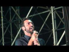 ▶ MARCO MENGONI - IN UN GIORNO QUALUNQUE - L'ESSENZIALE TOUR - PIAZZOLA SUL BRENTA - YouTube