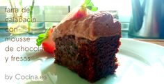 #Receta: tarta de calabacín con mousse de chocolate y fresas http://www.cocina.es/2015/03/30/receta-tarta-de-calabacin-con-chocolate/