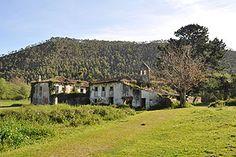 San Antolín de Bedón  Aunque se ha atribuido a este monasterio una antigüedad considerable, de hecho no es hasta el 1170 que el lugar se encuentra citado documentalmente,