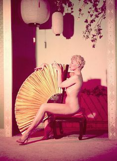 burlesque dancer, Lily St. Cyr!