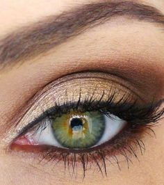 Make up for green eyes. I don't have green eyes but this make up is pretty Daytime Eye Makeup, Night Makeup, Love Makeup, Simple Makeup, Makeup Looks, Natural Makeup, Gorgeous Makeup, Pretty Makeup, Perfect Makeup