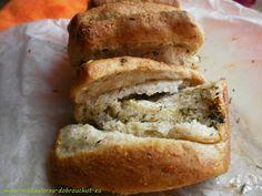 Česnekovo-bylinkový trhací chléb