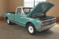 1969 Chevy C10 Half-Ton Fleetside Truck, Light Teal/White