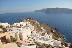 Finding your perfect Greek Island - Santorini, Mykonos or Ios.