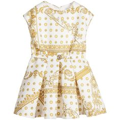 Explore our Versace collection including; dresses, shorts, jackets and more. Shop Versace kids for girls, boys and babies. Luxury Baby Clothes, Cute Baby Clothes, Kylie, Famous Brands, Versace, Kids Outfits, Kids Fashion, Khaleesi, Box Pleats