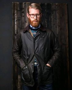 waxed is better Barbour Coats, Barbour Mens, Barbour Jacket, Work Fashion, Mens Fashion, Style Fashion, Barbour Beaufort, Red Beard, Dapper Men