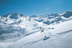 3 Vallees is the largest ski area in the world and the best ski resort in europe for a French alps holiday. Click the link to see available properties! Investment Property, Property For Sale, Best Ski Resorts, French Alps, Ski Chalet, Apartments For Sale, Lisbon, Skiing, Europe