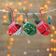 This kind of photo is undeniably an exceptional design alternative. Christmas Charts, Christmas Cross, Christmas Holidays, Christmas Gifts, Christmas Decorations, Christmas Ornaments, Cross Stitching, Cross Stitch Embroidery, Embroidery Patterns