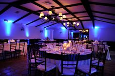 Rancho Las Lomas | Grand Salon white blue uplights