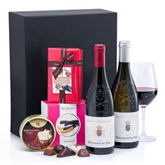 Hospitality Tray VIP with Wine and Belgian Chocolates Vino Y Chocolate, Chocolate Navidad, Belgian Chocolate, Hospitality, Tray, Vip, Drinks, Bottle, Gifts