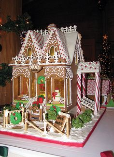 chicago gingerbread creations | Gingerbread show open at Kanesville Tabernacle - The Daily Nonpareil ...