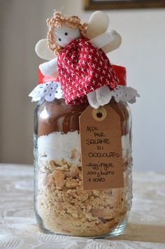 Mix in barattolo per salame di cioccolato Homemade Christmas Gifts, Christmas Presents, Christmas Cookies, Christmas Time, Jar Gifts, Food Gifts, Food Jar, Meals In A Jar, Bakery Recipes