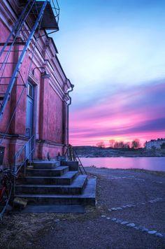 Helsinki: Purple Sunset in Suomenlinna