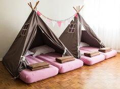 Cabanas para Festa do Pijama, versão menina em rosa e tons de marrom