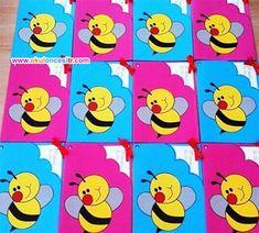 Preschool Report Card Crafts Idea - Preschool and Kindergarten Free Preschool, Preschool Activities, Holiday Crafts For Kids, Diy And Crafts, Card Crafts, Bumble Bee Invitations, Kindergarten Report Cards, Calendar 2019 Printable, Desktop Calendar