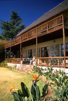 Greenfire Lodge Johannesburg - Located in the quiet, well-established suburb of Northcliff, northwest of the city of Johannesburg, this beautiful thatched lodge is the ideal start or end point of your holiday. With close proximity to ... #weekendgetaways #johannesburg #southafrica