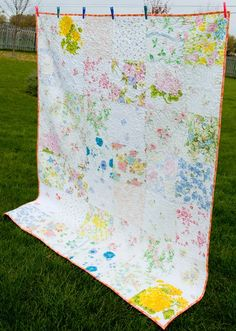 Vintage Sheet Quilt ~ The Lilly Patch. I want to find some vintage sheets! Old Sheets, Vintage Sheets, Vintage Quilts, Vintage Fabrics, Quilting Projects, Sewing Projects, Quilting Ideas, Sewing Crafts, Diy Crafts