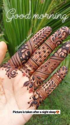 Latest Finger Mehndi Designs, Basic Mehndi Designs, Modern Henna Designs, Rose Mehndi Designs, Indian Mehndi Designs, Henna Art Designs, Mehndi Designs 2018, Mehndi Designs For Girls, Stylish Mehndi Designs