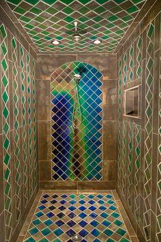 Shower with heat sensitive tiles