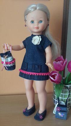 VESTIDOS CALZADO Y COMPLEMENTOS NANCY ,LESLI American Girl, Pram Toys, Nancy Doll, Sailor, Doll Clothes, Harajuku, Flower Girl Dresses, Summer Dresses, Dolls